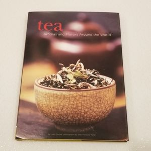 """⭐2/$30⭐ 12""""×9"""" Book about Tea"""